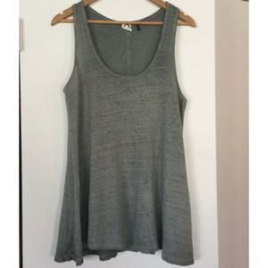 Anthro Akemi Kin High Low Tank Top Size Medium